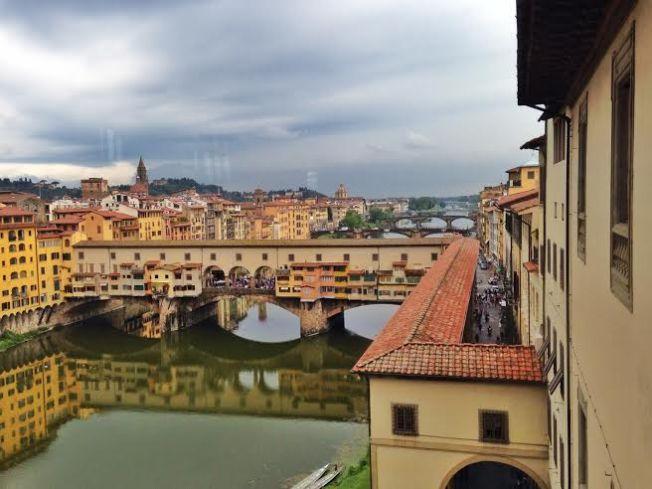 The Vasari corridor as seen from the Uffizi.